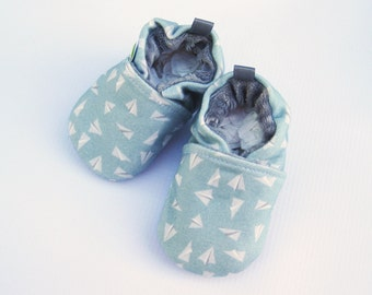 Organic Vegan Knits Paper Planes in blue / All Fabric Soft Sole Baby Shoes / Made to Order / Babies Booties Shower Gift