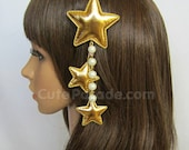 Gold Triple Star Hair Clip Brooch with White Pearls- Lolita Fairy Kei Decora Kawaii Shooting Star Hair Accessory EGL