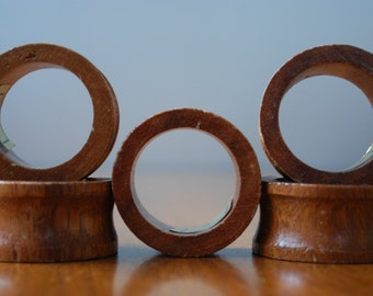 five vintage turned monkey pod wood napkin rings - 1970's - retro - woodland - modern country