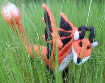 Large Shoulder Fox Dragon, Made to Order! Very lightweight, wearable with invisible shoulder base, you choose the colors!