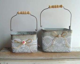 Small flower girl pail with lace and twine bow
