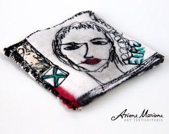Mini Art Textile Pin  - Certificated Original Art from France - Paris - Art Accessories