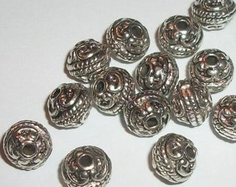 Antique silver pewter 8mm carved spacer beads -- 50 pieces  (46377)