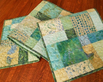Quilted Batik Table Runner in Aqua Blue Lavender and Green, Dresser Runner, Coffee Table Runner, Dining Table Decor, Pastel Tablecloth