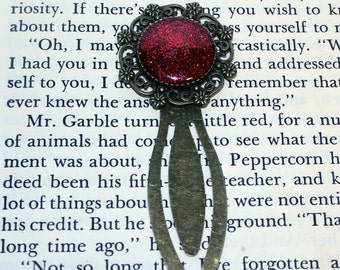 Red Bookmark, Bronze Red Glitter Bookmark, Metal Bookmark, Book Lover Gift, Readers Gift, Red Bookmark