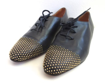 Vintage Studded Low Lace up Shoes // Privilege Beverly Hills