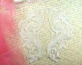 """Embroidered Appliques White Scroll Design Mirror Pair Motifs Patch 9"""" (GB490X-wh)"""