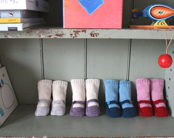 Knitted Baby Booties // Knitted Booties // Knit Baby Booties // Baby Knit Socks // Hand Knit Baby Booties // Baby Boy // Blue Baby Booties