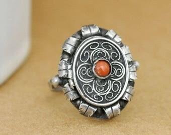 HIDDEN SECRET  vintage find handmade sterling silver red coral poison ring size 5.5