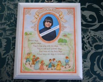HALLMARK School Days Photo PICTURE FRAME Plaque with Box Dated 1980 Boy Girl Wood Graphic Oval Mat Opening Wallet Size Child Children Grade