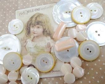 Beautiful Large Carved MOP Mother Of Pearl Shell Sewing Buttons Lot Collection Fancy Old Embellishments Decorations