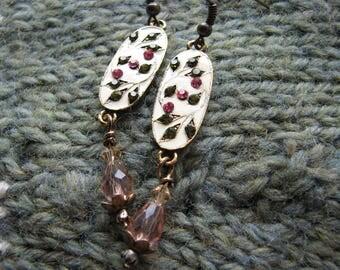 Bar earrings gold | leaf | nature inspired | rhinestone | green | pink | for her | women | dangle