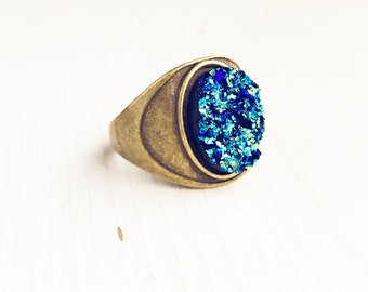 Faux Druzy Ring / Size 7 Iridescent Blue Boho Bohemian Statement Gypsy Costume Summer Music Festival Style Free Spirit Chunky Oval Brass