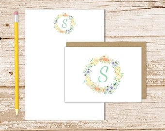 personalized stationery set . floral initial notepad + note card set . wreath . womens notecards note pad . botanical stationary gift set