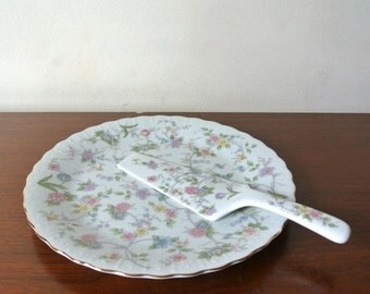 50% off cyber monday sale Vintage Porcelain Plate and Pie Lifter Set Andrea by Sadek Floral Print Serving Set