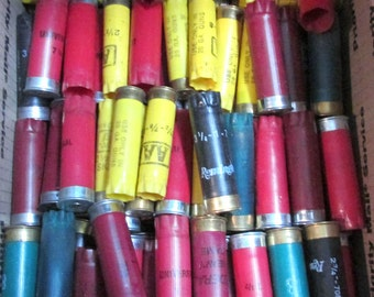 Shotgun Shells HUGE Assorted Lot Used Shotgun Hulls 250 Assorted Colors Plastic Case Jewelry Supplies Ammo BULLETS Free Shipping (F117)