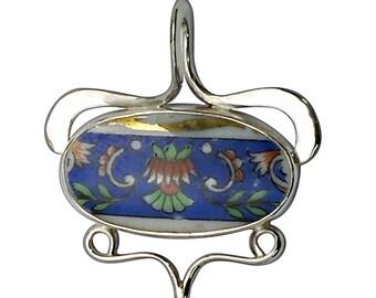 Broken China Ceramic Cabochon and Sterling Silver Pendant,  pbkce2745