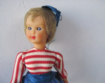 Vintage 1950s teenage girl doll with shutting eyes made in Italy