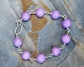 Lavande Bracelet, Bracelet violet, Jade Bracelet, Bracelet, Bracelet fait main, Bracelet Bohème, Bracelet jonc, la pierre pour elle