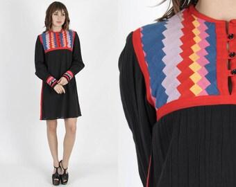 Ethnic Dress Black Dress Bohemian Dress Boho Dress Shift Dress 70s Dress Vintage Quilted Dress Hippie Festival Shift Dress Mini Dress
