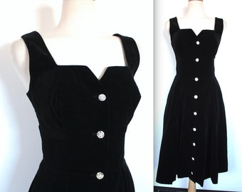 Vintage 1950s Dress // 40s 50s Black Velvet Party Dress with Rhinestone Buttons // Cocktail Dress // DIVINE