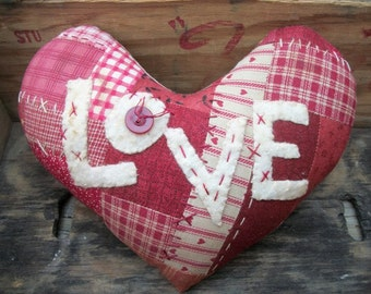 Primitive Patchwork Red Heart Large Bowl Filler Valentine Cupboard Tuck
