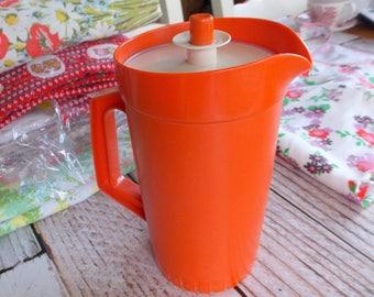 Vintage Tupperware Juice Pitcher  / Retro Colors / Vintage Kitchen / Tupperware
