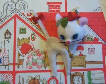 little white kitty felt ornament