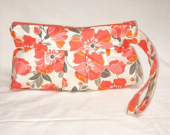 Pleated Wristlet in Poppy Print in Coral and Grey