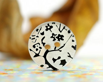 Flower Buttons - Black Plum Blossom Carving Resin Buttons. 10 in a set, 0.71 inch