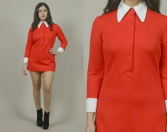 Mini Shirt Dress 70s Red White Pointed Collar Cuffs Long Sleeve Micro Mini Tunic 1970s Mod Dress Button Up Valentine's Day / Size M Medium