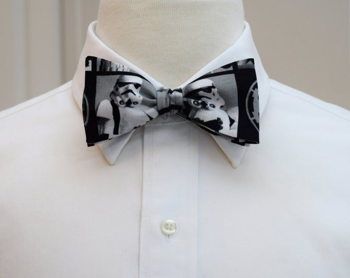 Men's Bow Tie, Storm Trooper bow tie, Star Wars character bow tie, Star Wars fan bow tie, novelty Star Wars bow tie,