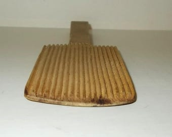"""Vintage Small Primitive / Hand Crafted Ribbed Wood Butter Paddle-7-1/2"""" Long"""