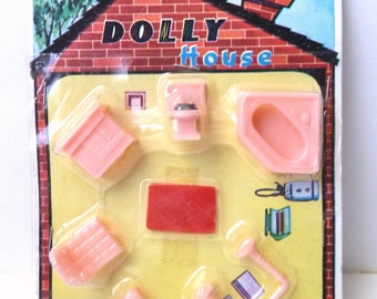 Tiny Pink Dolly House Bathroom Furniture Set 1960