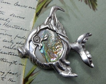 CYVRA 1940s Silver Fish Brooch w/ Mother of Pearl
