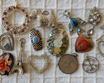 14 Large Silver Tone Pendant Necklace Lot   OA23