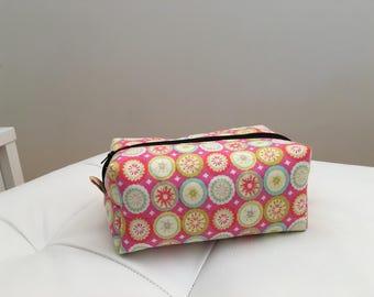 Big boxy cosmetic bag pink