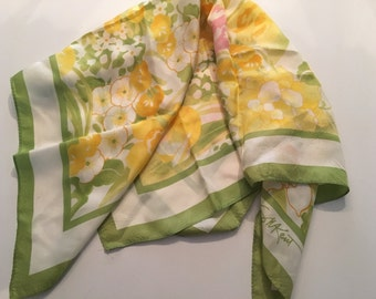 Vintage Scarf SW Kent Spring Green Yellow Floral Daffodils Tulips