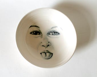 Moon face Bowl, Funny Face Moon Bowl, Sticking Tongue Out, Moon Bowl, Man in the Moon Pottery, White Bowl in Porcelain