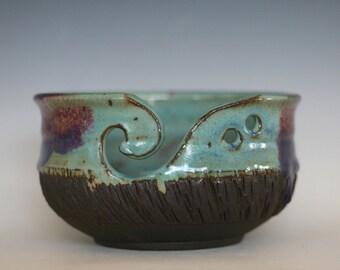 Ceramic Yarn Bowl, handmade stoneware, pottery yarn bowl, handmade knitting bowl, wheel thrown yarn bowl, Yarn Holder, READY to Ship