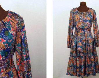 Vintage 70's Dress Peasant Hippie Bobo Floral Multicolor Polyester Tiered Skirt Size Small / Medium
