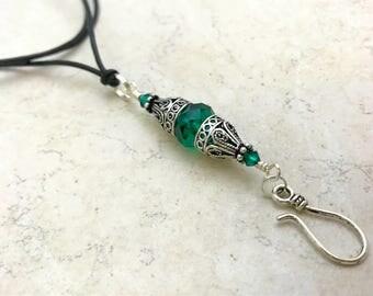 Vintage Portuguese Knitting Necklace- Emerald Green Gift for Knitters- Adjustable Leather Necklace- Stitch Marker Holder- ID Badge Holder