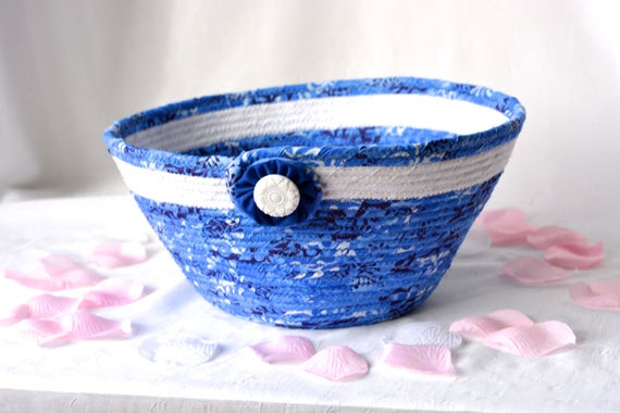 Winter Artisan Basket, SALe.... Handmade Blue Key Holder Bowl, Beautiful Mail Basket, Blue Fiber Bowl, hand wrapped coiled fabric basket