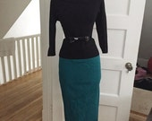 Sexy VINTAGE 60s 1960s Green & Black Houndstooth Plaid Pinup Wiggle Skirt