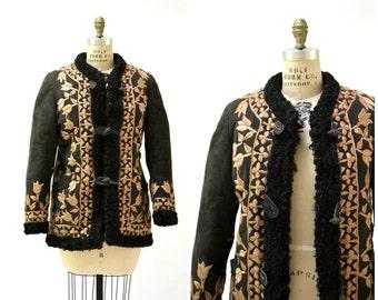 Vintage Embroidered Shearling Jacket Size Small Medium// 60s 70s Shearling Coat Embroidered Sheepskin Fur Jacket Boho Afghan Jacket j40