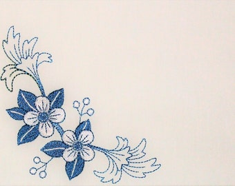 Blue floral embroidered quilt label to personalize with your own message