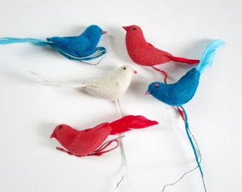 Vintage Miniature Birds, Putz House Mini Birds, Diorama Dollhouse Crafts, Set of 5 Flocked Birds, Kawaii Fairy Garden Flocked Birds