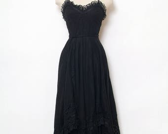 Vintage 70s Dress / Vintage Dress / dress / retro / 1970s / party / Dresses / Halter dress / Black dress / Gothic Dress / Grunge dress / 80s