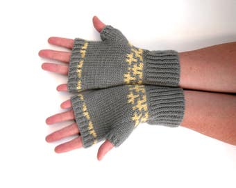 Womens grey fingerless gloves ,  fair isle hand knit , arm warmers , warm mittens , winter wrist warmers