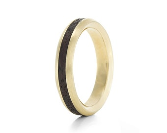 Native Oval Carat - 9ct Yellow Gold & Wood